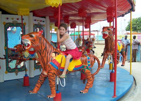 merry-go-round-at-magic-land-cotonou-2.JPG