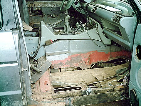 land-rover-floor-1.JPG