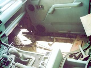 land-rover-floor-2.JPG